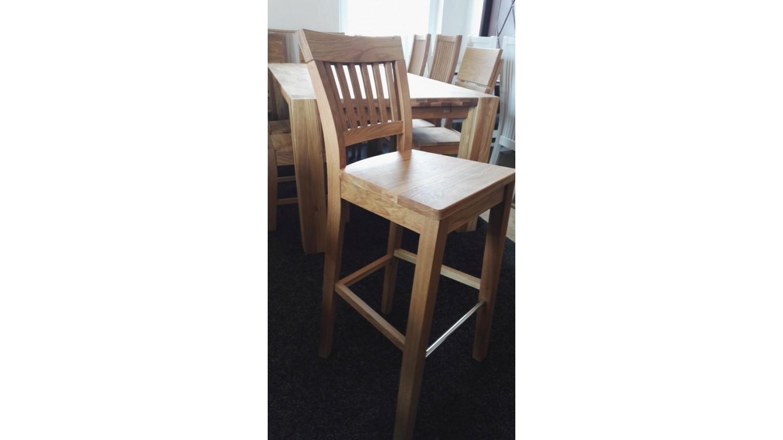 eee3a81e7481 masívna dubová stolička Emma barová
