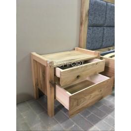 Masívny dubový nočný stolík Venézia dvojzásuvkový