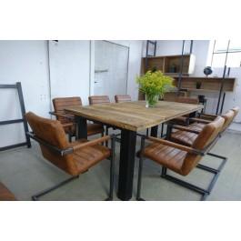 Industriál Dubový stôl, nohy rovné